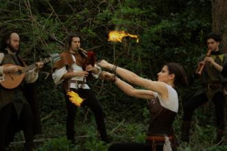 COPERTINA-giullari-di-spade-musica-e-fuoco